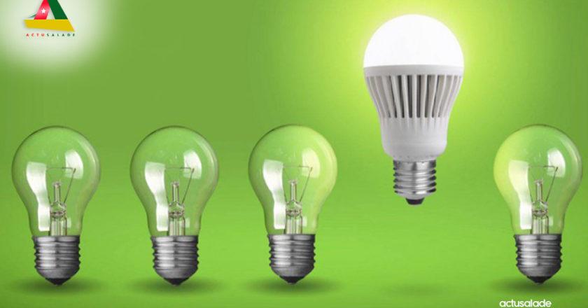 Des ampoules électriques pour illustrer le texte