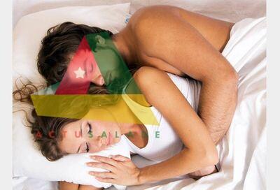 Dormir en couple permet un sommeil de meilleure qualité, analysent les chercheurs allemands