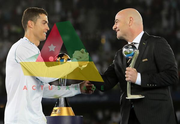 les félicitations de Gianni Infantino pour les100 buts de Cristiano Ronaldo