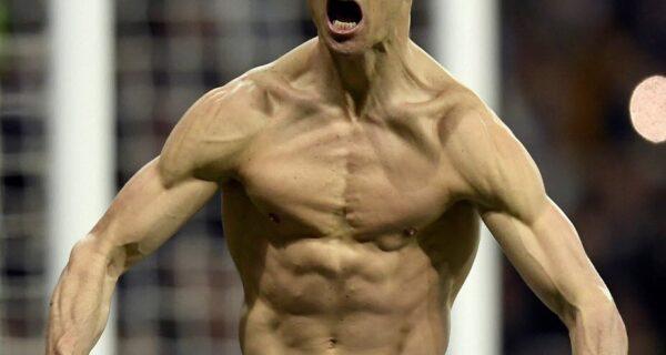 Cristiano Ronaldo désigné joueur du siècle selon Globe Soccer Awards