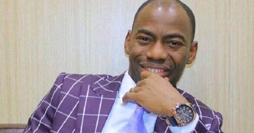 Buzz : DJ Déversaille gagne le soutien du roi de la marmaille Camille Makosso