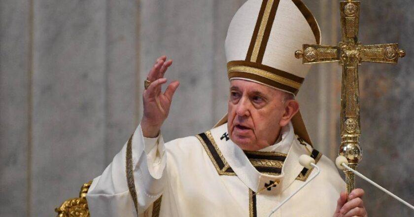 Le pape François arrêté pour « trafic d'êtres humains » et pédopornographie, le démenti