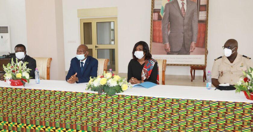 Togo : Faure Gnassingbé honore 15 fonctionnaires de la présidence admis à la retraite