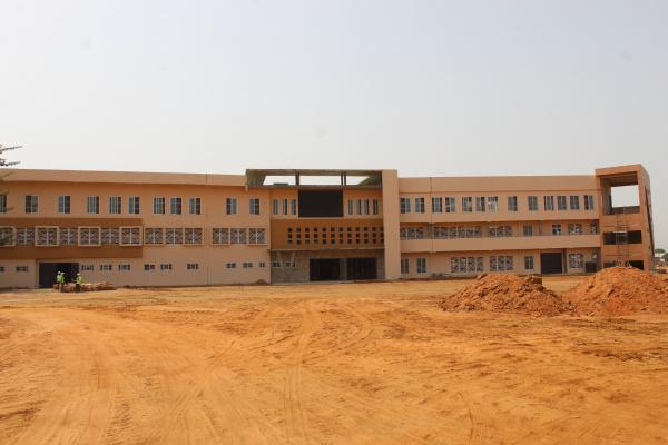 Togo: les travaux de reconstruction du marché de Kara avancent bien