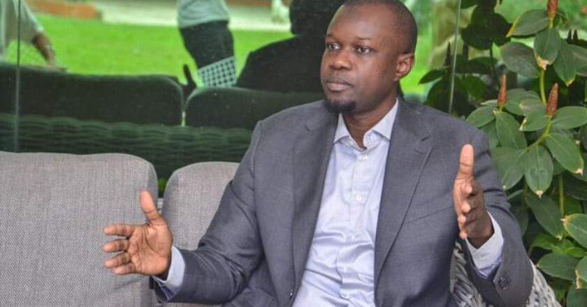 Sénégal : les premiers mots de l'opposant Ousmane Sonko après sa libération sous contrôle judiciaire