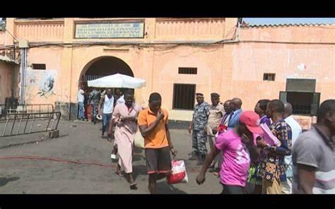 Prisons du Togo: des femmes en visites dénoncent des fouilles humiliantes qu'elles subissent