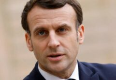 la France met fin à la polémique de la signature de Macron