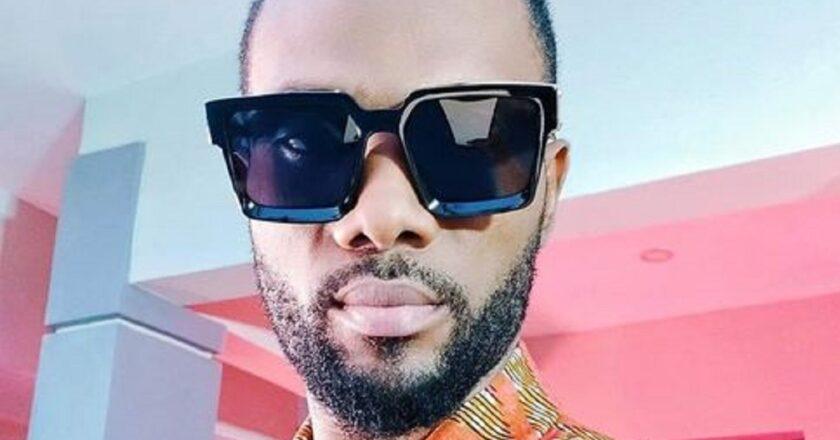 Showbiz : « débarrassons-nous de tout ce que le coupé-décalé nous a donné sinon nous irons en enfer », déclare cet artiste ivoirien