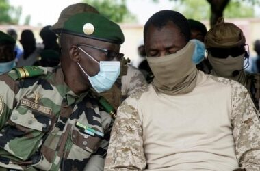 https://actusalade.com/blog/crise-malienne-les-autorites-rejettent-la-visite-dun-emissaire-de-la-cedeao/