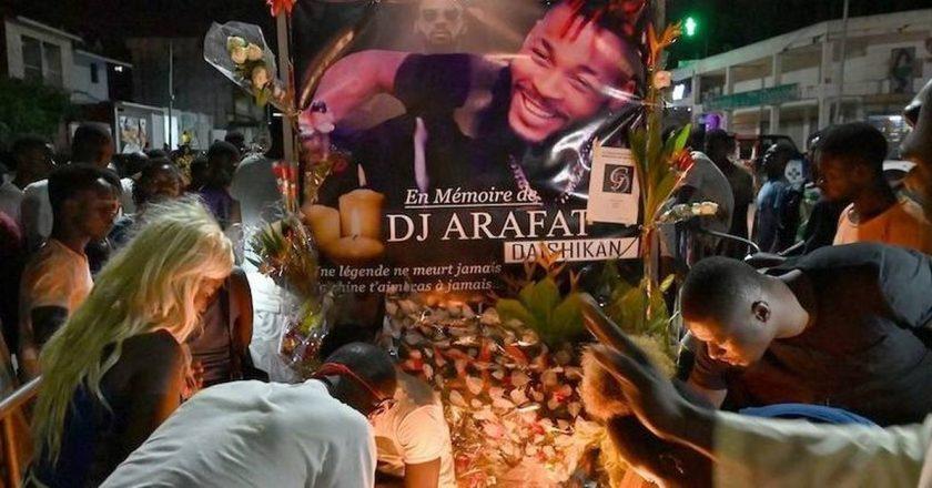 Deuxième anniversaire de Dj Arafat : une statue mémorative à coût de millions de FCFA installée
